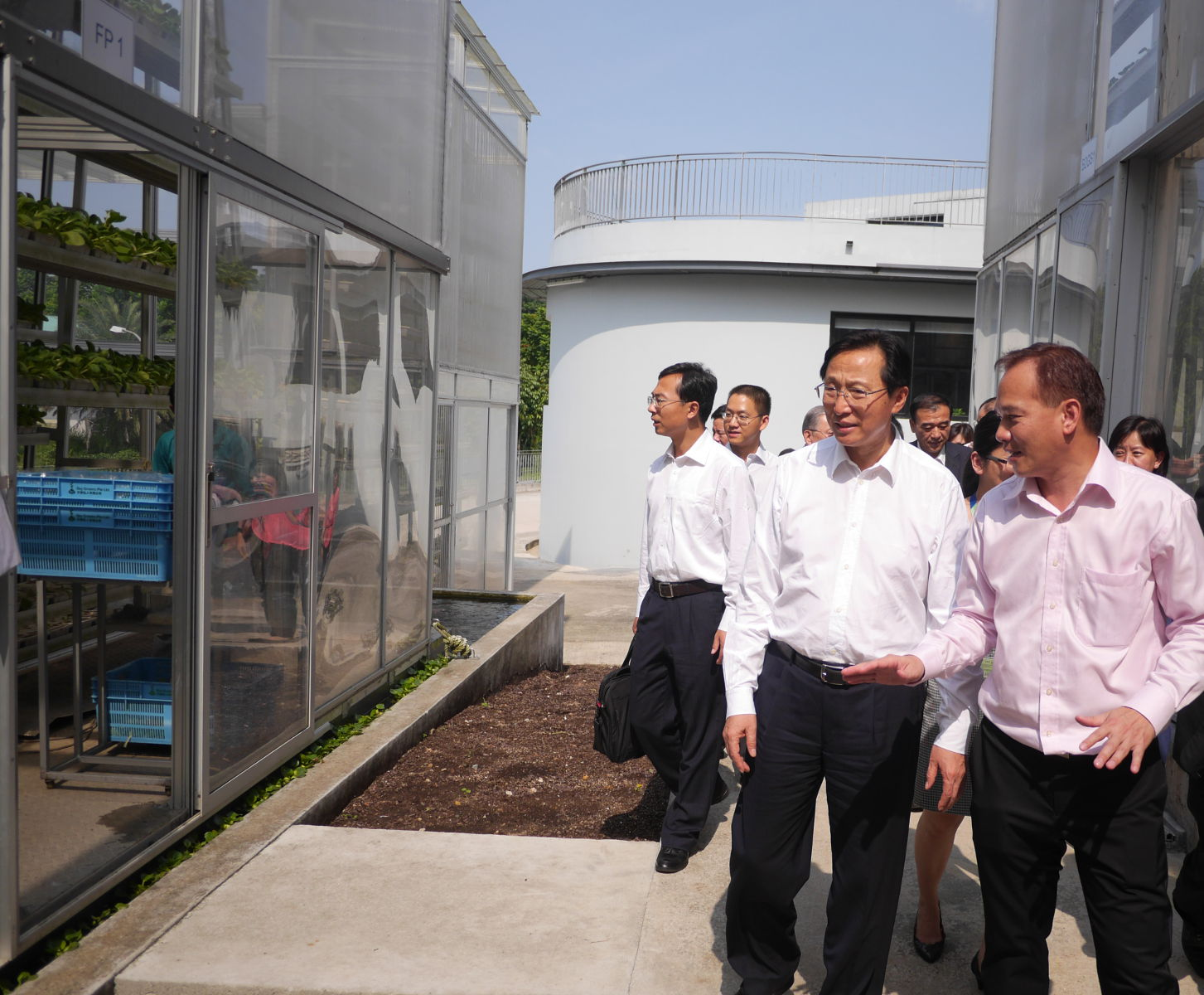 Minister of Agriculture of the People's Republic of China, Mr Han Changfu to Sky Greens Farm